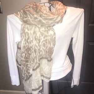 Accessories - Tan and beige wrap around scarf